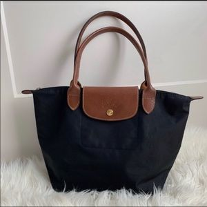 •MAKE OFFER Longchamp shoulder bag